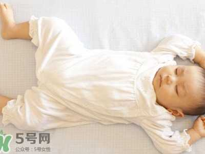 孩子晚上突然大哭 宝宝睡觉突然大哭是什么原因
